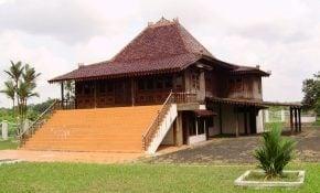 Hebat 21 Gambar Rumah Adat Limasan 32 Untuk Dekorasi Interior Rumah untuk 21 Gambar Rumah Adat Limasan