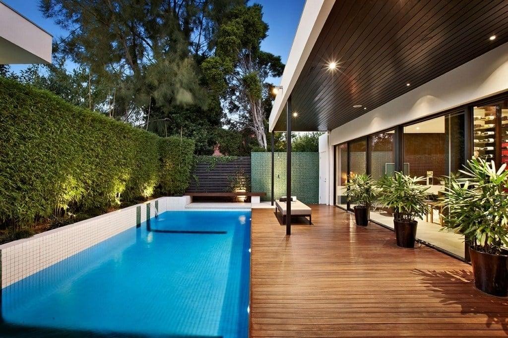 Paling keren Desain Rumah Modern Dengan Kolam Renang 15 Di Desain Interior Untuk Renovasi Rumah oleh Desain Rumah Modern Dengan Kolam Renang